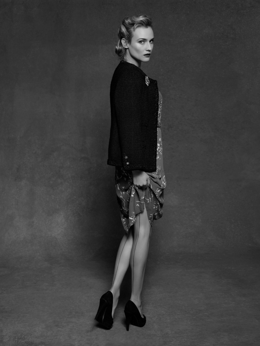 Kruger Diane -The Little Black Jacket CHANEL's classic revisited by Karl Lagerfeld and Carine Roitfeld